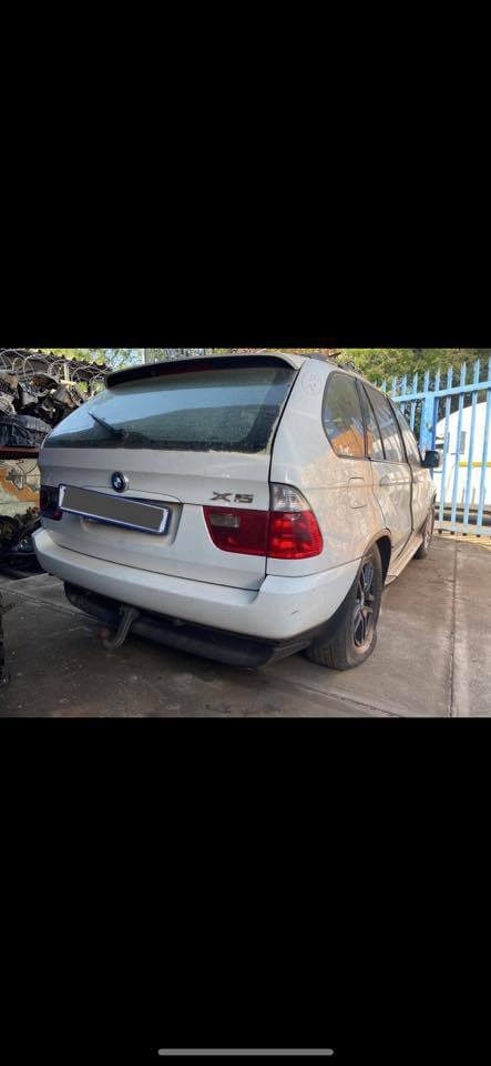 BMW X5 E53 3.0d 2005 Striping for Spares