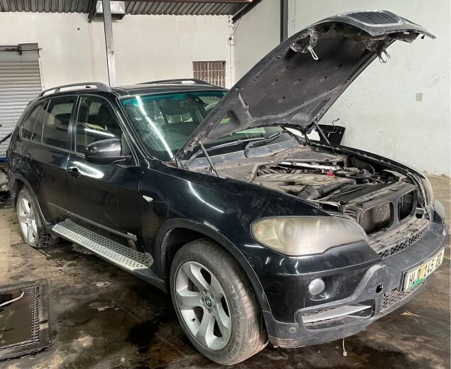 2007 X5 E70 Stripping for Spares