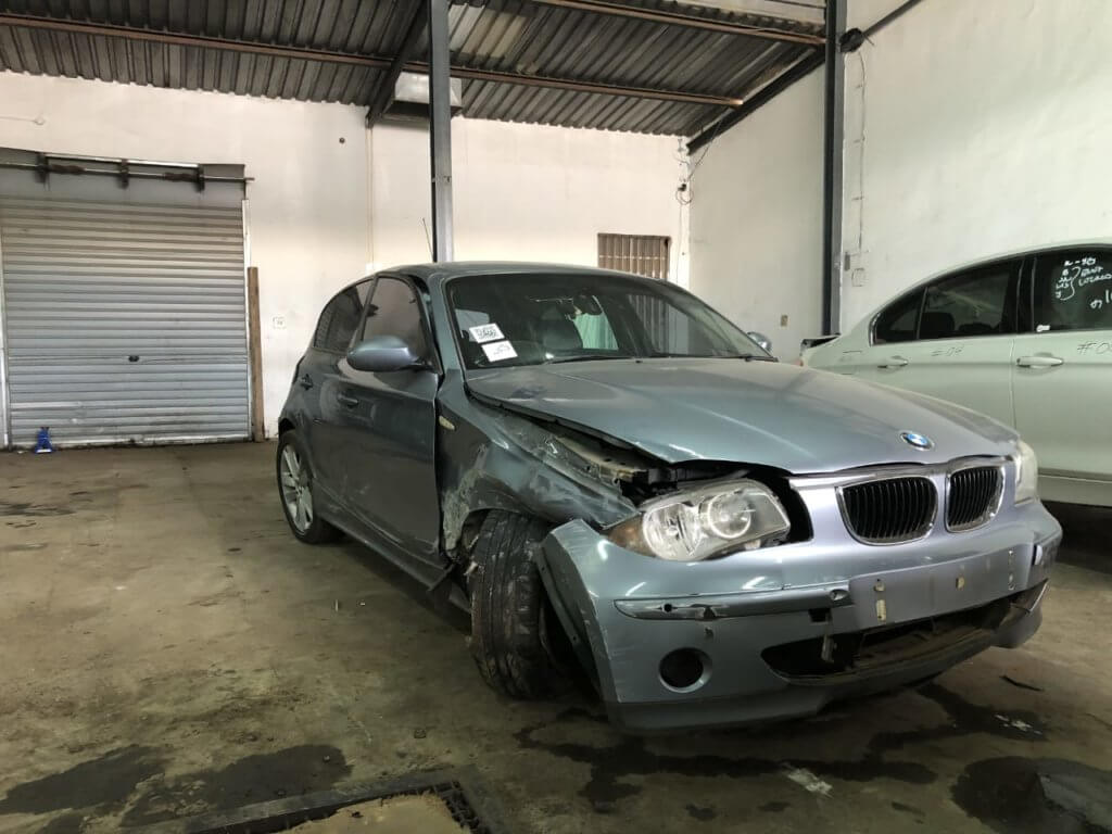 BMW E87 Preface 120d stripping for parts