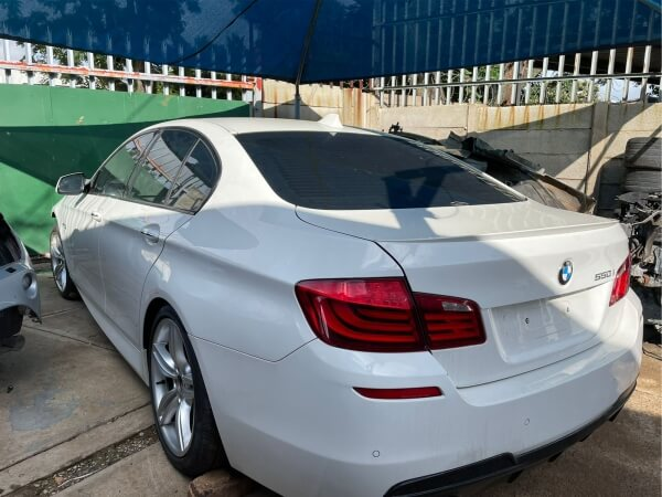 BMW 550i F10 stripping for spares