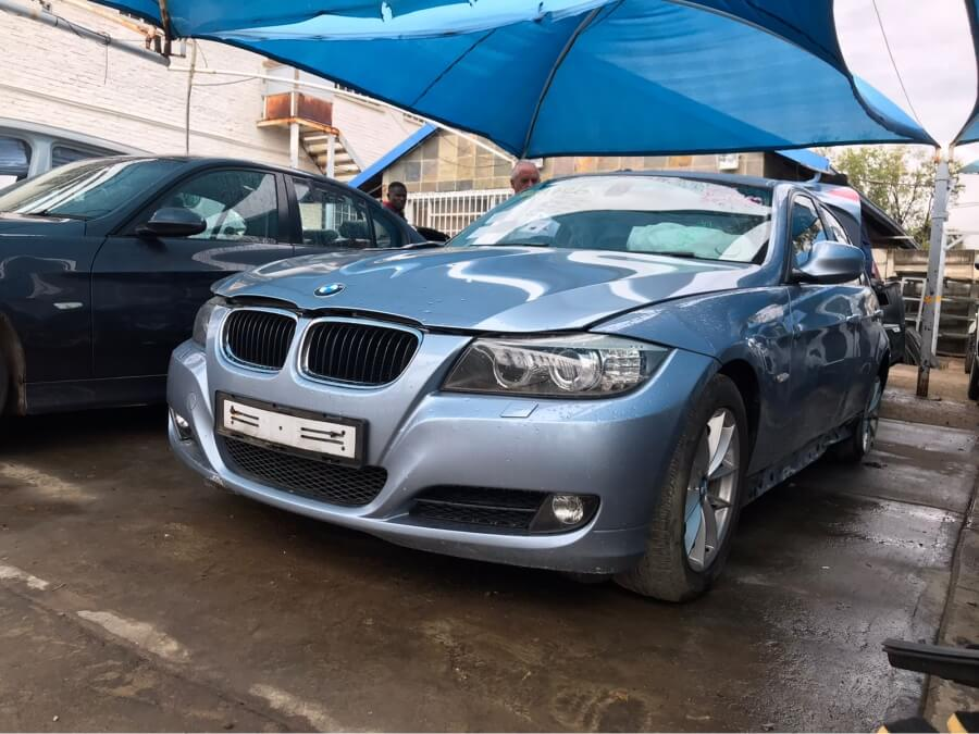 E90 320i Facelift stripping for spares